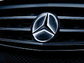 good_a1668177500_mercedes_benz_1.jpg
